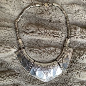 H&M Divided statement necklace